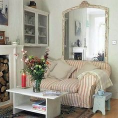 New Shabby Chic Living Room Decor Ideas Mirror Ideas Shabby Chic Living Room, Shabby Chic Interiors, Shabby Chic Homes, Shabby Chic Furniture, Shabby Chic Decor, Living Room Decor, Living Rooms, Chabby Chic, Eclectic Furniture