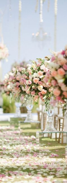 RosamariaGFrangini | Wedding* Decor | Flowers on the way