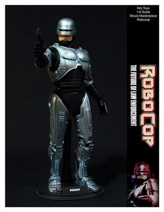 Hot Toys Movie Masterpiece Robocop by ETDS1, via Flickr