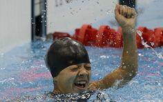 Joana Silva - medalha de bronze - paralimpíadas natação 50m borboleta (Foto: AP)