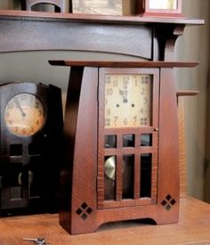 Grand Buffalo Clock with Hermle Mechanical Movement and Chimes - Craftsman/Prairie/Mission style Craftsman Clocks, Craftsman Decor, Craftsman Furniture, Craftsman Homes, Arts And Crafts Furniture, Furniture Projects, Cool Furniture, Wooden Projects, Wooden Furniture