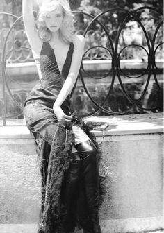 Gemma Ward by Justin Smith for Vogue Australia, September 2004