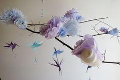 Decoración floral colibrí casa móvil móvil por EnchantedPendulosity