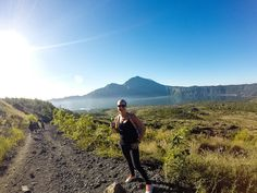 Hiking Mount Batur is an ideal way to spend a half day when in Bali, especially at sunrise when the views are intensified Bali, Hiking, Sunrise, Mountains, Nature, Travel, Walks, Naturaleza, Viajes