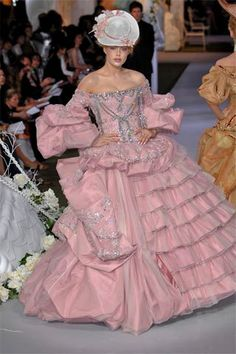 Christian Dior Haute Couture, Fall 2007  Just for a day i'd like to walk around in this entire getup