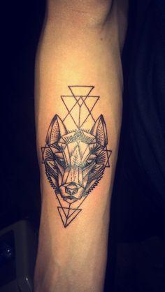 Geometric wolf tattoo!!