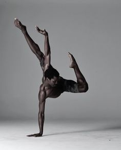 Calvin Royal III dancer with American Ballet Theatre Photographed by Nisian notes Ballerino Black Dancers, Male Ballet Dancers, Dancers Pose, Foto Picture, Ballet Photography, Amazing Dance Photography, Newborn Photography, Photography Poses, Street Photography
