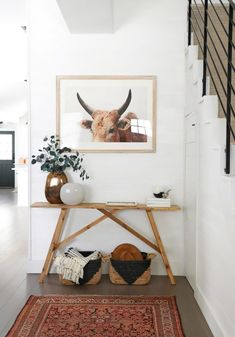 Who Else Wants to Learn About Modern Farmhouse Living Room Joanna Gaines - g. Who Else Wants to Learn About Modern Farmhouse Living Room Joanna Gaines – gameofthron Entry Tables, Diy Entryway Table, Entry Table Decorations, Modern Entry Table, Entrance Table Decor, Wood Entry Table, Sofa Tables, Diy Casa, Home Decor Inspiration