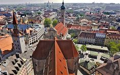 St Peters Church tower - cheap and amazing views! Holiday 2014, Christmas 2015, Travel List, Budget Travel, St Peter's Church, Munich Germany, Free Things To Do, Kirchen, Plan Your Trip