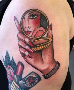 "Traditional Old School Tattoos on Instagram: ""Who: @cassandrafrancestattoo Where:📍London, UK 🇬🇧 ... ... ... ... #traditionalartist #traditionaltattoo #oldworkers…"" Mirror Tattoos, Body Art Tattoos, New Tattoos, Cool Tattoos, Piercing Tattoo, Piercings, Dessin Old School, Tattoos Mandala, Shaded Tattoos"