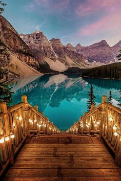 romantic honeymoon destinations moraine lake alberta canada travel destinations 70 Best Honeymoon Destinations In 2019 Lago Moraine, Romantic Honeymoon Destinations, Romantic Travel, Travel Destinations, Places For Honeymoon, Honeymoon Ideas, Travel Tips, Romantic Vacations, Romantic Getaways