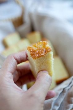 Butter Cake - The BEST and only butter cake recipe you'll need. Super delicious, moist, extremely rich and buttery butter cake. Easy Delicious Recipes, Easy Cake Recipes, Baking Recipes, Delicious Desserts, Dessert Recipes, Yummy Food, Easy Butter Cake Recipe, Homemade Butter, Butter Cakes