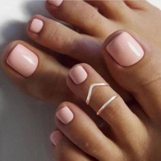 Pink Toe Nails Pedicure Nails Get Nails Nude Nails Gel Toe Nails How To Do Nails Hair And Nails Toenails Shellac Nail Colors Pink Toe Nails, Pretty Toe Nails, Cute Toe Nails, Toe Nail Color, Summer Toe Nails, Feet Nails, Pedicure Nails, Spring Nails, Nail Colors