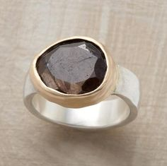 brown sapphire ring - gorgeous