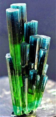 Tourmaline - Minerals and Rocks