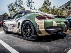 """Joseph Merkens on Instagram: """"Nature seems fitting for this camo wrapped cayman. #targatrophy #kistudios #hgmotorsports #porsche #ItsWhiteNoise #SpittingPixels @targatrophy07 @kistudios @hgmotorsports #hrewheels @hre_wheels"""" Cayman S, Toys For Boys, The World's Greatest, Car Pictures, Porsche 911, Bicycles, Race Cars, Super Cars, Beautiful Things"""