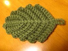 葉っぱのアクリルたわし Crochet Potholders, Form Crochet, Crochet Flowers, Hand Knitting, Knitted Hats, Diy And Crafts, Blog, Handmade, Yahoo