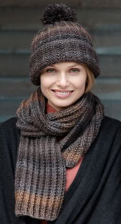 Rustic Ribbed Hat and Scarf in Lion Brand Tweed Stripes - L0611