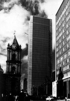 Clásicos de Arquitectura: Edificio Avianca / Germán Samper Upper West Side, World Trade Center, Gaudi, Empire State Building, Budapest, Taj Mahal, Dubai, Great Buildings And Structures, Big Ben