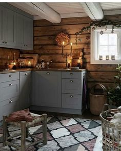 New Kitchen Cabinets Gray Wood Ideas Kitchen Remodel, Modern Kitchen, Cottage Kitchen, New Kitchen, Wood Kitchen, Home Kitchens, Rustic Kitchen, Kitchen Renovation, Kitchen Design
