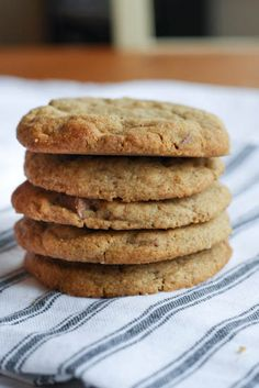 HAZELNUT BUTTER & BUCKWHEAT FLOUR CHOCOLATE CHIP COOKIES. JUST GOT SOME BUCKWHEAT FLOUR. HAVE TO GIVE THESE A GO.