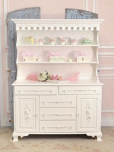 I would like something like this for my studio to store some of my props.