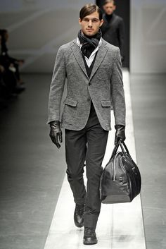 Canali Fall 2010 Menswear Collection Slideshow on Style.com