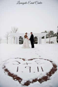 Love this winter wedding snow picture! The Gatehouse at Lionsgate Center Venue in Colorado.