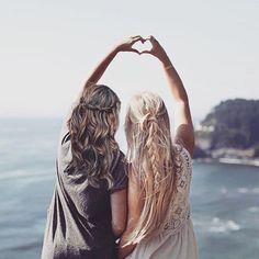Tag your best friend! #hair #inspo #hairinspiration #haircolour #blonde #brunette #longhair #plait #bestfriend #beach #sea #summer #summerhair #heart