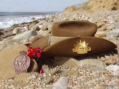Anzac Day - A slouch hat on the Gallipoli shoreline. Event Pictures, Kiwiana, Australia Day, Dmc, Lest We Forget, Remembrance Day, History Facts, Day Tours, In This World