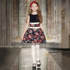 Watch Monnalisa Kids Fall Winter 2016 Fashion Show. Front Row at Kids Fashion Week. Pitti Bimbo Trade Show in Florence, italy.