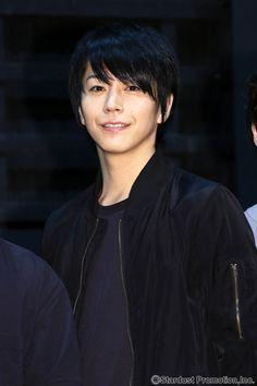 廣瀬智紀出演舞台「男水!」の稽古場取材が4/17(月)行われた。 「男水!」は、白泉社・花とゆめ「花 LaLaonline」で大人気連… Actors, News, Actor