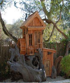 Fantastic treehouses by wood carver Steve Blanchard