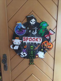 Halloween wreath - Beads Perler - Bügelperlen - Halloween Kranz