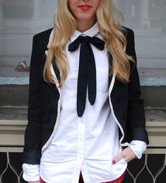 womens bow tie