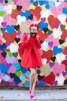21 Reglas de estilo tan absurdas que ya deberías mandar al diablo Atlantic Pacific, Red And Pink, Hot Pink, Autumn Winter Fashion, Spring Fashion, Moda Outfits, Jessica Parker, Ootd, Color Negra