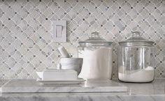 35 Ideas Kitchen Marble Backsplash Herringbone For 2019 Backsplash Herringbone, Marble Tile Backsplash, Marble Mosaic, Carrara Marble, Tile Mosaics, Marble Countertops, Granite, Copper Backsplash, Wall Tile