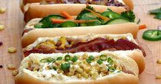 Bar a hot dogs, une idée menu originale pour un buffet mariage ou cocktail dinatoire. 5 idées de recettes hot dogs faciles à réaliser. Lien : http://www.go-reception.com/blog/bar-a-hot-dogs/