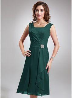 A-Line/Princess Square Neckline Knee-Length Chiffon Bridesmaid Dress With Crystal Brooch Cascading Ruffles