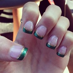 Beautiful 60 Lovely Chrismas Nail Art You Need to Copy Holiday Nails, Christmas Nails, Christmas Tree, Holiday Makeup, Xmas, Chrismas Nail Art, Packer Nails, Football Nails, How To Do Nails