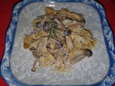 Lulu - Povesti din Bucatarie: Paste cu sos cremos de ciuperci shimeji Paste, Chicken, Meat, Food, Eten, Meals, Cubs, Kai, Diet