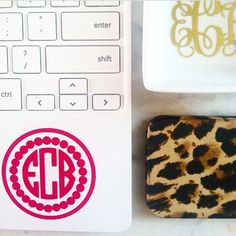 corner monogram for your mac Preppy Southern, Southern Charm, Southern Belle, All Things Cute, Girly Things, Preppy Style, My Style, Prep Life, Marley Lilly