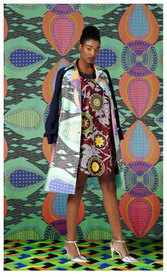 In an exclusive collaboration with South African high end retailer spree.co.za, KLûK CGDT created a new capsule collection 'Othelia'. The eight piece line is made from Vlisco's newly launched range 'Voila', making them one of the first brands to incorporate the print into their collection.