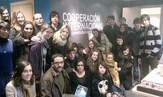 """El pasado 20 de marzo, un grupo de 25 alumnos de 4º ESO del Colegio Escolapias visitó la sede de Cooperación Internacional ONG, gracias al programa """"Recorridos por el Voluntariado"""", impulsado por la FEVOCAM desde el 2007."""