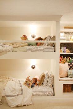 Built in bunkbeds by Chris Loves Julia - Chris Loves Julia Chambre Nolan, Girls Bedroom, Bedroom Decor, Bunk Beds Built In, Queen Bunk Beds, Bunk Rooms, Big Girl Rooms, Room Inspiration, Home Decor