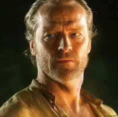 In the end only kindness matters. Mormont Game Of Thrones, Ser Jorah Mormont, Iain Glen, Charles Dance, Tv Times, Hottest Pic, Jon Snow, Character Design, Actresses