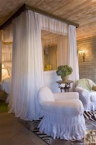 romantic bedroom-- what an absolute dream!