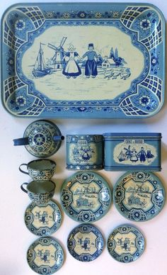"Vintage 1940 Wolverine tin-litho child's toy tea set ""Delft Blue"" Tray, Flour, Bread Box, Teapot, Cups & Plates, ends 1/9/15 Bid $95.00 or BIN $125.00, unsold & Re-listed for $85.00 ended 1/22/15"