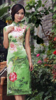 Green lutos silk cheongsam dress_Traditional qipao_Oriental styles_Custom-made Cheongsam,Qipao,Chinese clothes,chinese clothing,Chinese Dress,Wedding dress,Tailor-made