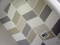 Perfect and easy idea to add a pattern to your wall!